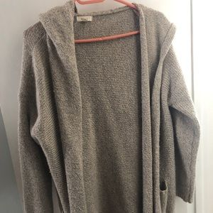 Cozy Grey/Cream Cardigan with Hood and Relaxed Fit